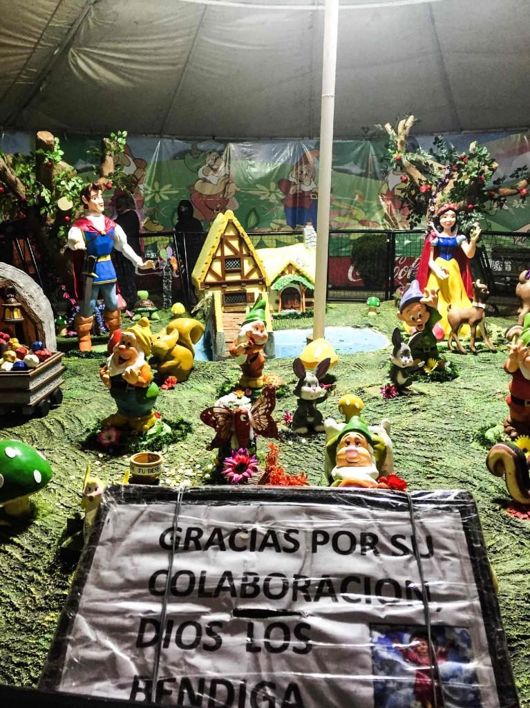 Divino Niño, Blanca Nieves y los 7 enanitos